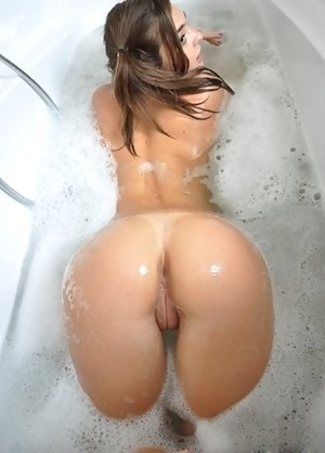 Big Wet Ass Porn Pictures