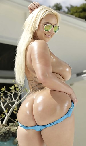 Big Oiled Ass Porn Pictures